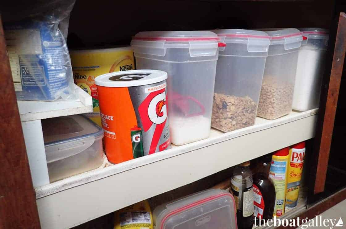 Galley storage canisters